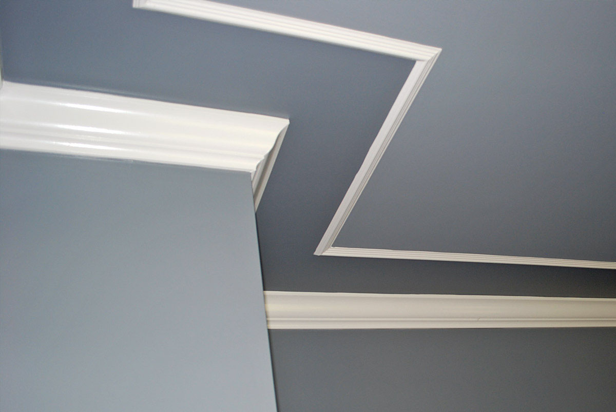 painted ceiling -crown molding